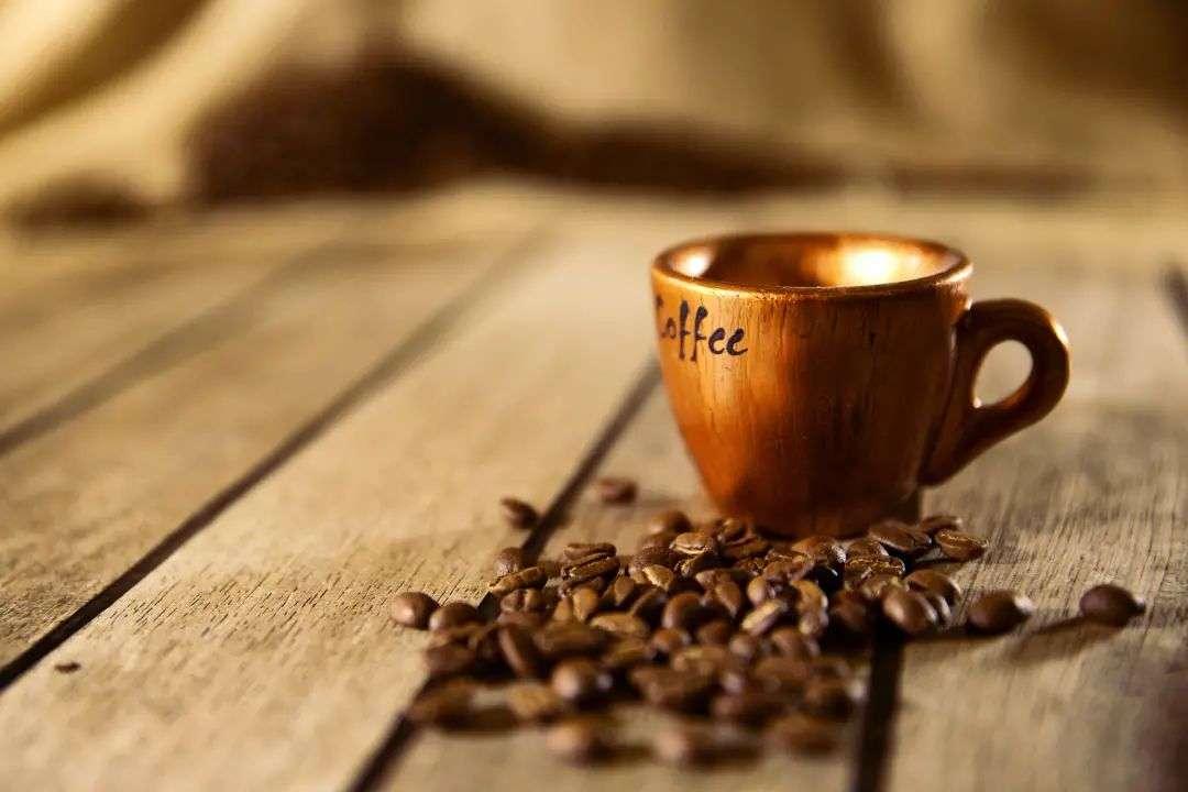 星巴克、瑞幸VS咖啡新势力,咖啡赛道洗牌进行时